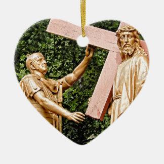 Adorno De Cerámica Jesús lleva la cruz