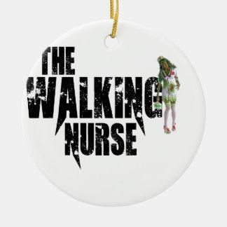 Adorno De Cerámica La enfermera que camina