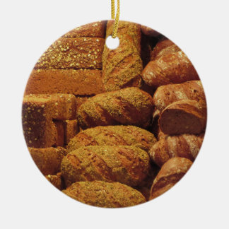 Adorno De Cerámica Muchos panes mezclados y fondo de los rollos