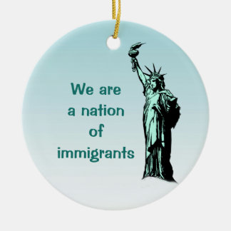 Adorno De Cerámica Nación de la estatua de los inmigrantes del