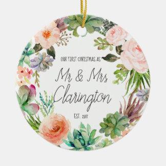 Adorno De Cerámica Nuestro primer navidad como Sr. y señora Ornament