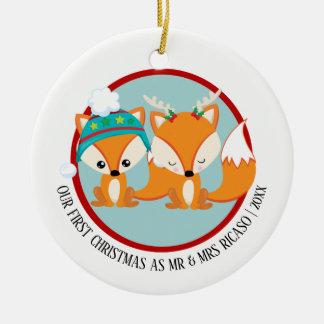Adorno De Cerámica Nuestros zorros rojos del primer navidad