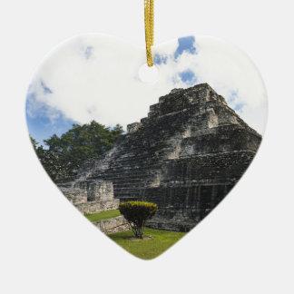 Adorno De Cerámica Ruinas mayas de Chacchoben del maya de la costa