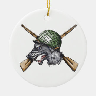 Adorno De Cerámica Tatuaje cruzado casco de los rifles del lobo gris