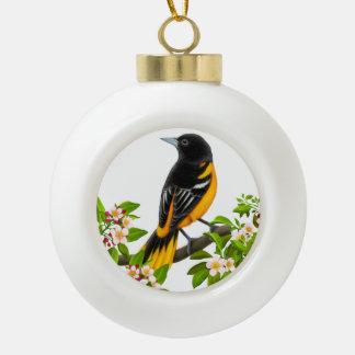 Adorno De Cerámica Tipo Bola Pájaro de Baltimore Oriole en el ornamento de los