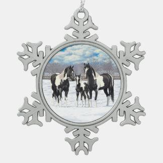 Adorno De Peltre Tipo Copo De Nieve Caballos negros de la pintura en nieve