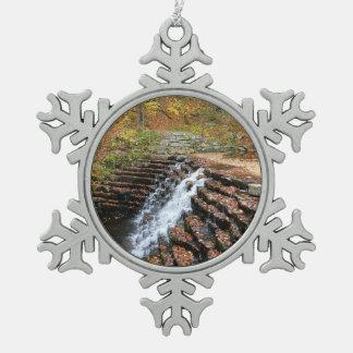 Adorno De Peltre Tipo Copo De Nieve Cascada en el parque de estado de la colina del