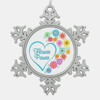 Adorno De Peltre Tipo Copo De Nieve Corazón del flower power
