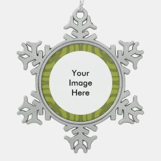 Adorno De Peltre Tipo Copo De Nieve Ornamento de plata del copo de nieve con el marco