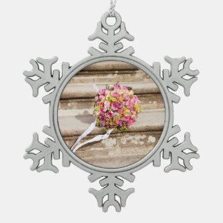 Adorno De Peltre Tipo Copo De Nieve Ramo floral del boda del rosa y del verde