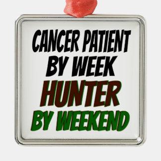 Adorno Metálico Cazador del enfermo de cáncer