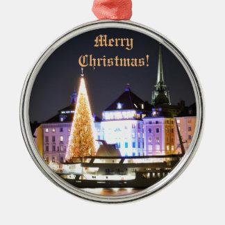Adorno Metálico Estocolmo, Suecia en el navidad en la noche