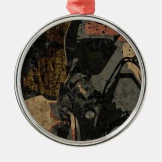 Adorno Metálico Hombre con la máscara protectora en la placa de