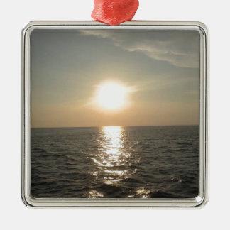 Adorno Metálico La puesta del sol en la isla de Bantayan en las