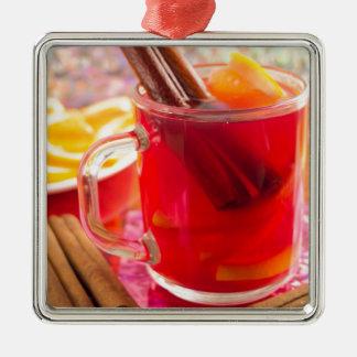 Adorno Metálico La taza transparente con la fruta cítrica