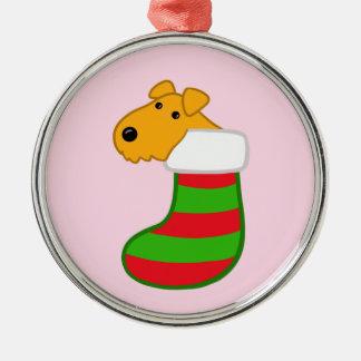 Adorno Metálico Perrito lindo de Airedale en el navidad que