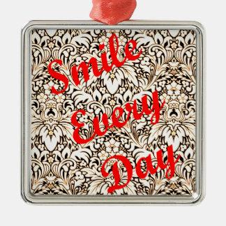 Adorno Metálico Sonríe cada día