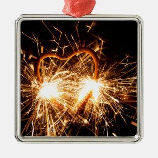 Adorno Metálico Sparkler ardiente en forma de un corazón