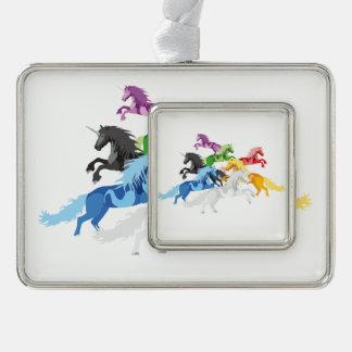 Adorno Navideño Unicornios salvajes coloridos del ejemplo