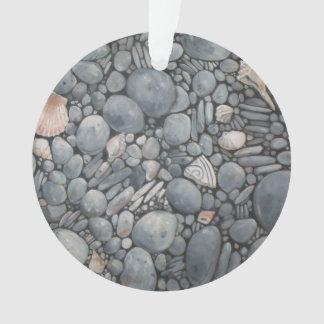 Adorno Río de las rocas de los guijarros de la playa