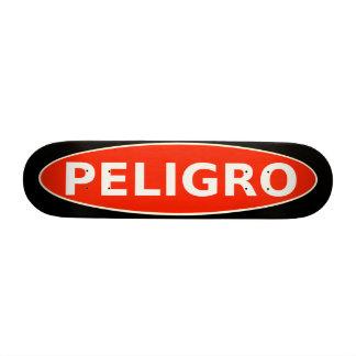 Advertencia del monopatín de Peligro