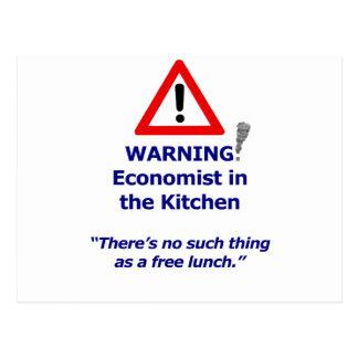 Advertencia: ¡Economista en la cocina! Postal