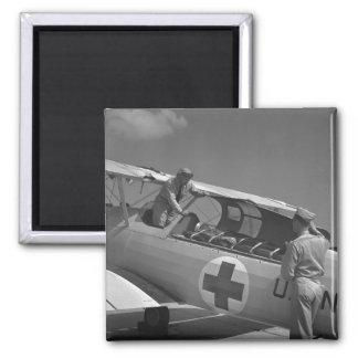 Aeroplano de la Cruz Roja WW2 Imán Cuadrado