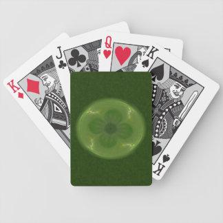 Afortunado en fractal del trébol y de los barajas de cartas