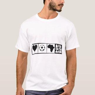 África para África por Kihiko - corazón en el Camiseta