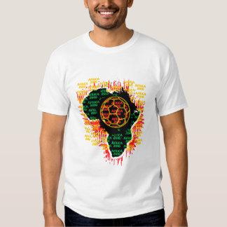 África para África por Zetuzakale - bola Camisetas