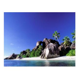 África, Seychelles, isla de Digue del La. Granito Postal