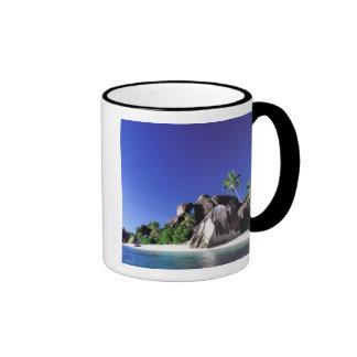 África, Seychelles, isla de Digue del La. Granito Taza De Dos Colores