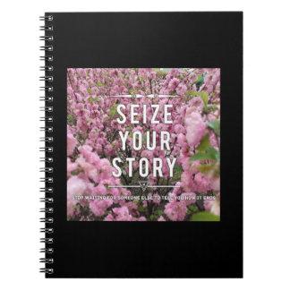 Agarre su cuaderno de la historia
