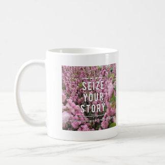 Agarre su historia taza de cerámica de 11 onzas