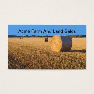 Agente inmobiliario de las ventas de la granja y tarjeta de negocios