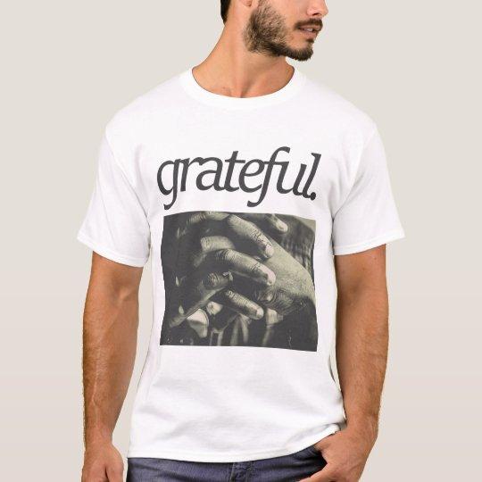 agradecido. Diseño religioso Camiseta