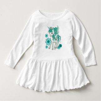 Aguamarina femenina linda del unicornio azul camisetas