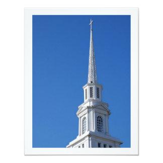 Aguja blanca de la iglesia invitación 10,8 x 13,9 cm
