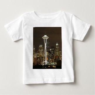 Aguja esmeralda del espacio de Seattle Washington Camiseta De Bebé