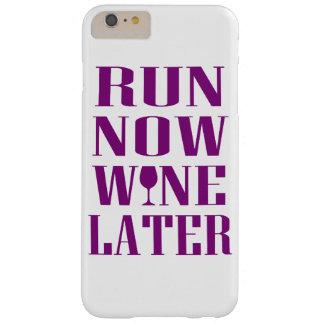 Ahora funcione con el vino más adelante funda de iPhone 6 plus barely there