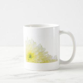 Ahorre la flor del amarillo de la fecha tazas