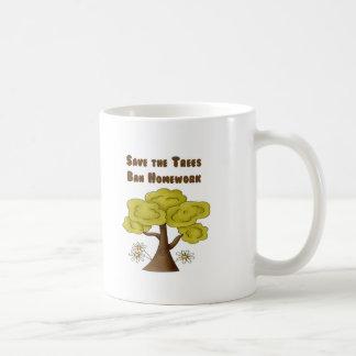 Ahorre la preparación de la prohibición de los árb taza