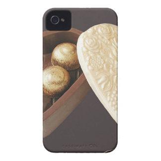 Ahorre los corazones del chocolate de la fecha iPhone 4 cárcasa