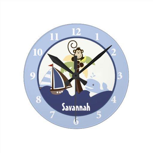 Ahoy el reloj de pared de la ballena del mono del zazzle - Relojes de pared diseno ...