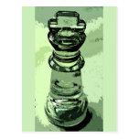 Ajedrez, rey de cristal, fondo verde, resumido postal
