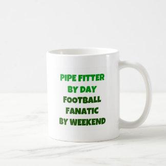 Ajustador de tubo del fanático del fútbol del día taza de café