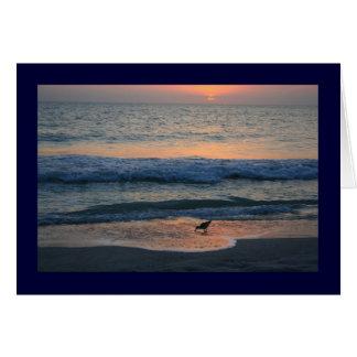 Al borde de puesta del sol tarjeta