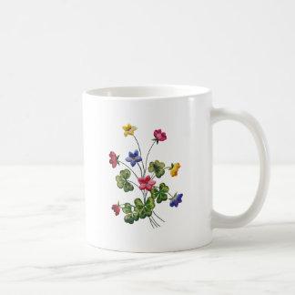 Alazán de madera bordado colorido hermoso taza básica blanca