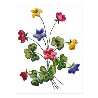 Alazán de madera colorido bordado postal