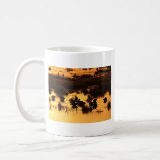 Alba - salida del sol (alimentación de los patos) taza de café